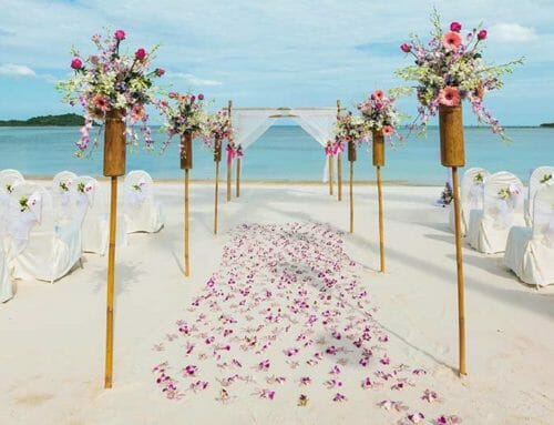 Thinking of Having a Cancun Mexico Wedding? Read this first!